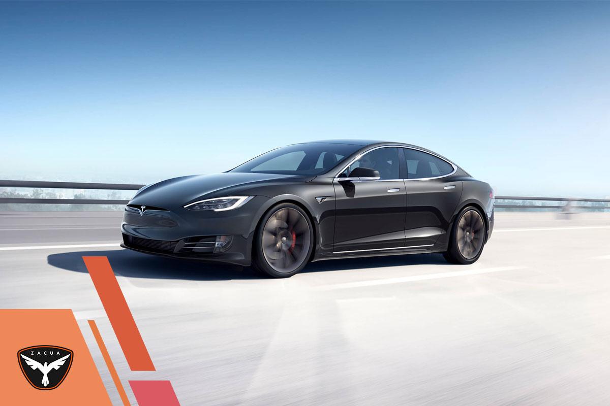 Tesla: entre propósitos e historia portada